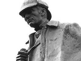 400px-Statue_of_Sherlock_Holmes_in_Edinburgh