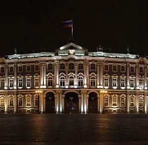 800px-Hermitage_night