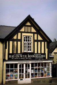 400px-Hay-On-Wye_Booksellers_-_geograph.org.uk_-_235428