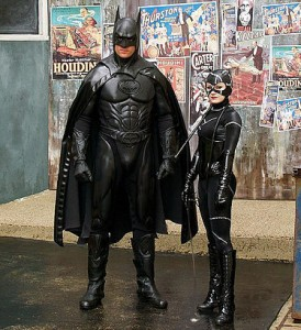 789px-Batman_and_Catwoman_-_Movie_World