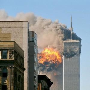 689px-UA_Flight_175_hits_WTC_south_tower_9-11_edit