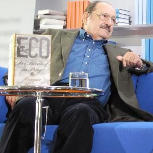 579px-Frankfurter_Buchmesse_2011_Umberto_Eco