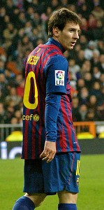 298px-Lionel_Messi_at_Bernabeu