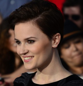 Veronica_Roth_March_18,_2014_(cropped)