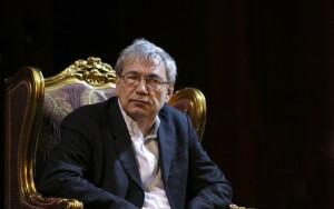Orhan_Pamuk_in_Rustaveli_Theatre_Tbilisi_Georgia_2014