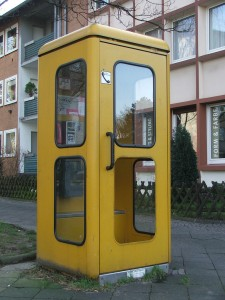 800px-Telefonzelle_in_Bochum_01