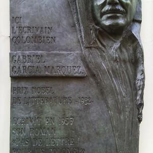 Gabriel_García_Márquez_plaque_-_Rue_Cujas,_Paris_5