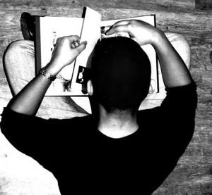 reading-boy-1568318