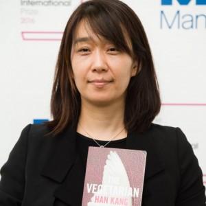 16_South Korean Novelist Han wins Man Booker International Prize (2)