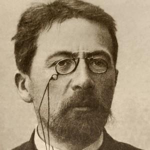 800px-Chekhov_1903_ArM