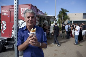 SANTA MONICA, CALIFORNIA, AUGUST 07 2011: Layover host Anthony Bourdain at the fried achicken at Ludo Truck's Guerilla Chicken, a fried chicken food truck trendy with foodies and started by renowed French chef Ludo Levfvre (photo Gilles Mingasson for The Travel Channel).