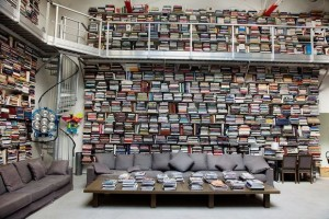 books-decorating-14-ideas