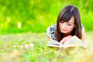 o-woman-reading-book-facebook