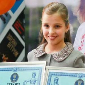 9-letnjaja-kievskaja-shkolnitsa-sofija-shlinchak-ustanovila-srazu-dva-natsionalnyh-rekorda_rect_2ac517e272e6deb75e95f602cd59973e