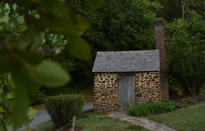 frederick-douglass-growlery-writing-shed