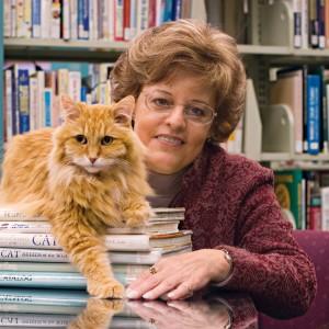 vicki-myron-dewey-library-cat