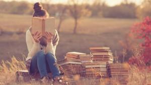 20151006165136-introvert-reading-books