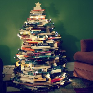 book-christmas-tree-9