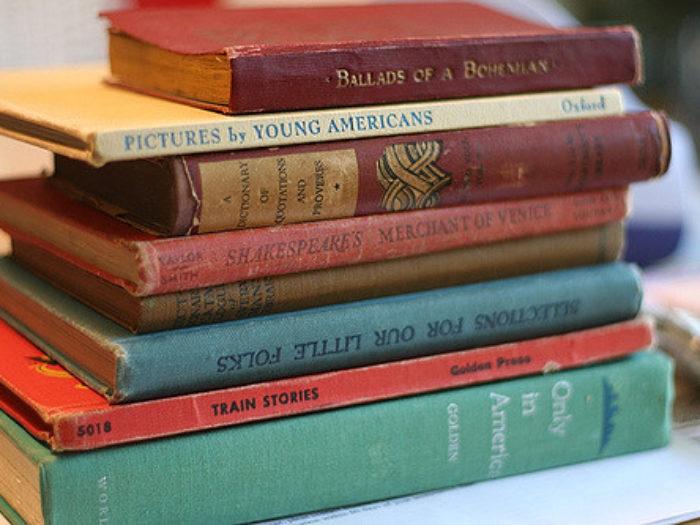 books1-700x525