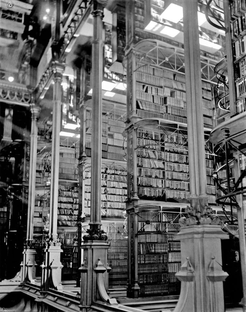 Library e