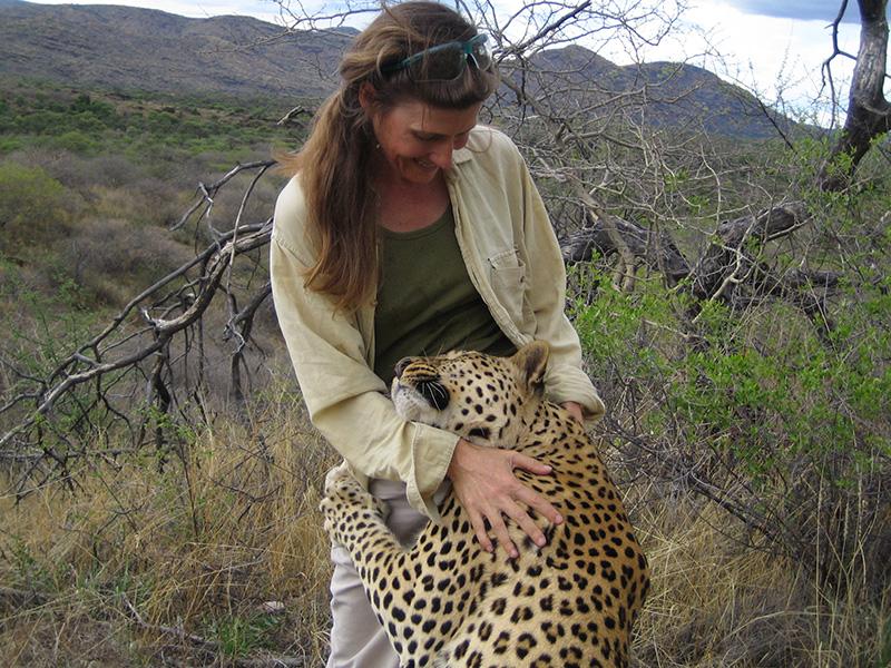 Leopard-Hug-CREDIT-Bowen-Boshier