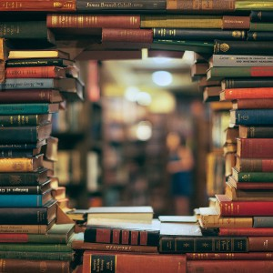 Many_Book_Library_468620_2048x1536