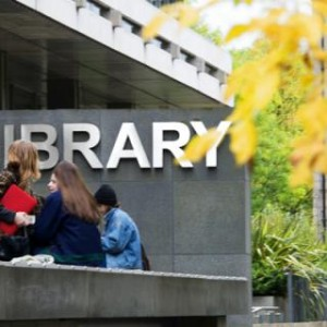 library_sign_students