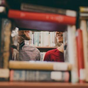 book-love-red-color-smile-bookshelf-179480-pxhere.com