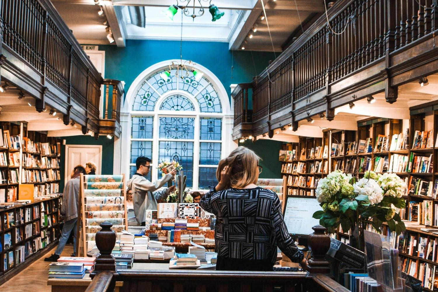 daunt-books-london-unsplash