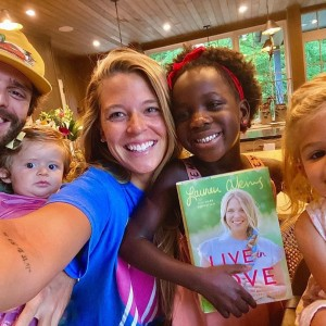 Lauren-Akins-with-Thomas-Rhett-daughters-book-release