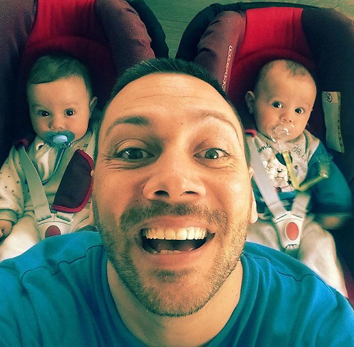 Лео и близнаци