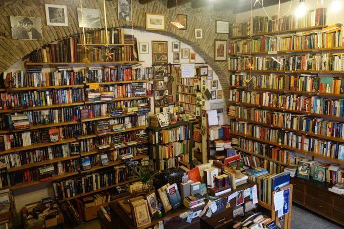open-door_bookshop_english_rome